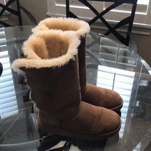 Ugg boots - girls size 4